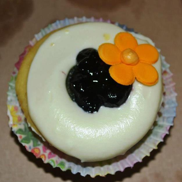 Blueberry Cheese Cupcake