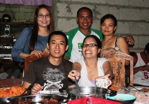 My husband with my sez and cousin. Oh, that smile! No, I think this is ain't a smile! :D